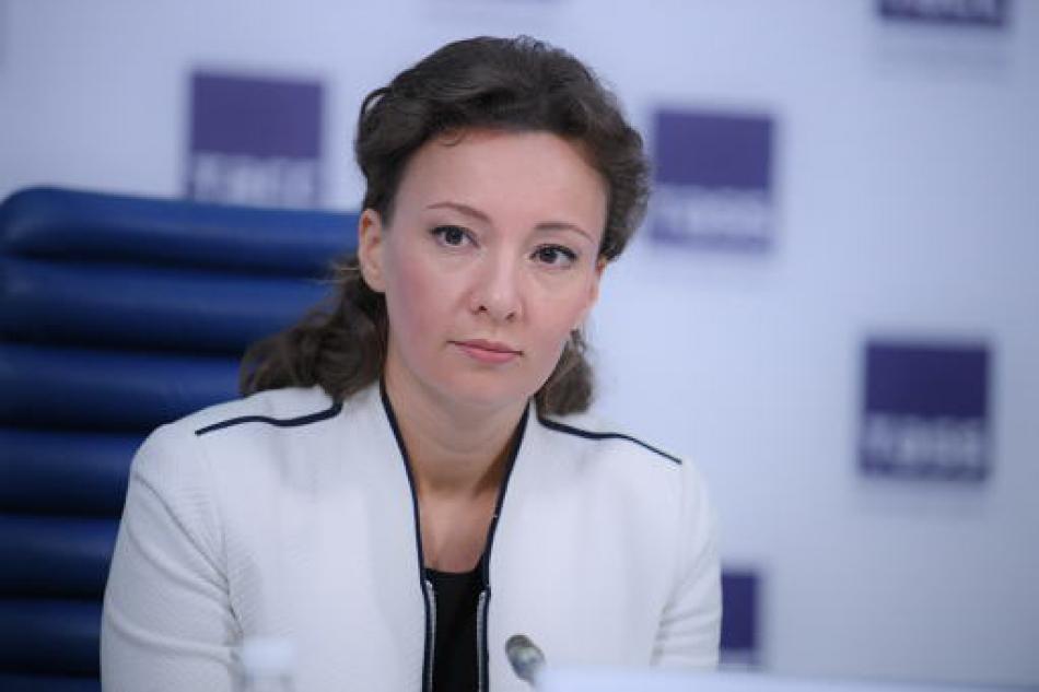 Анна Кузнецова обратится в Генпрокуратуру с просьбой отозвать иск о лишении родительских прав в отношении семьи Проказовых