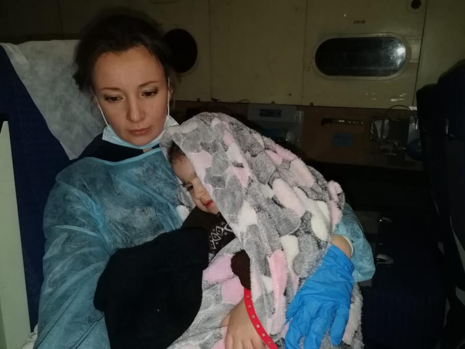 Анна Кузнецова привезла из Ирака 30 российских детей