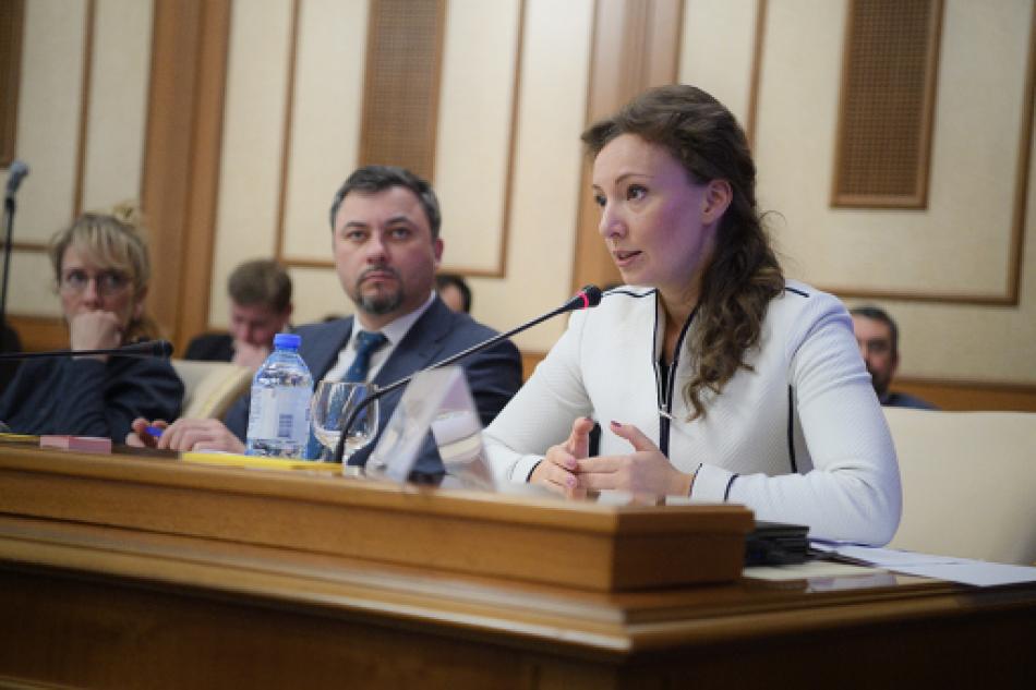 Анна Кузнецова приняла участие в совещании по вопросам предоставления жилья детям-сиротам