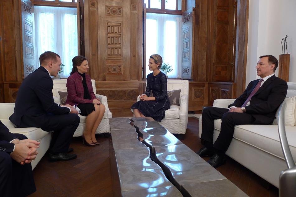 Детский омбудсмен в Дамаске встретилась с супругой Президента Сирийской Арабской Республики