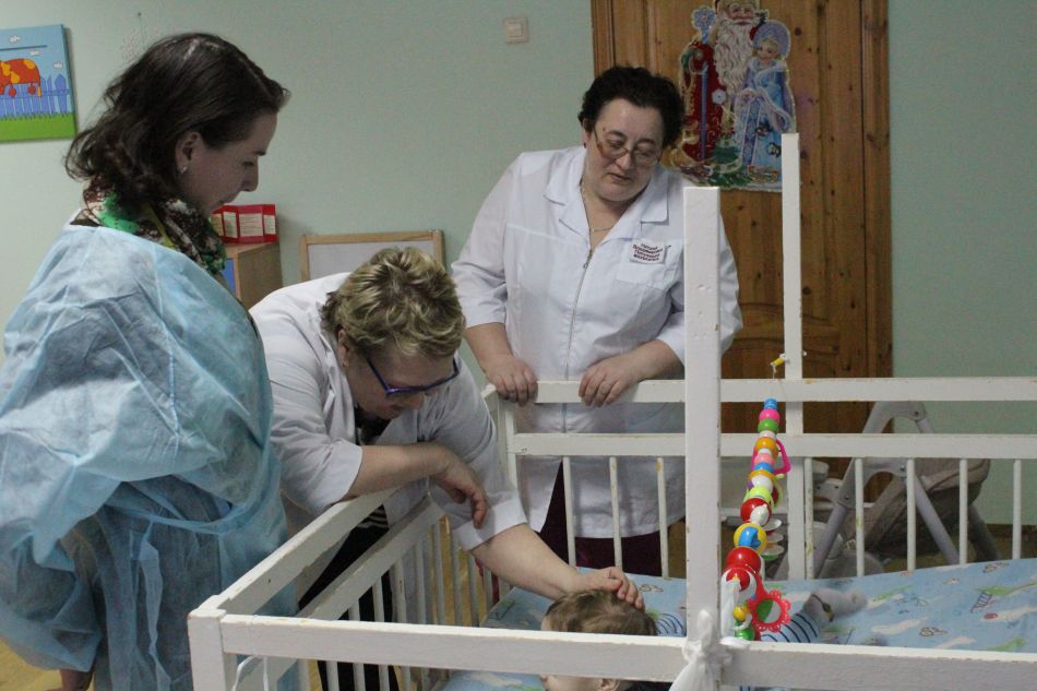 Вопросы ранней помощи детям целевой группы в возрасте от 0 до 3 лет и детской паллиативной помощи в Коми были обсуждены в ходе визита детского омбудсмена в Дом ребенка