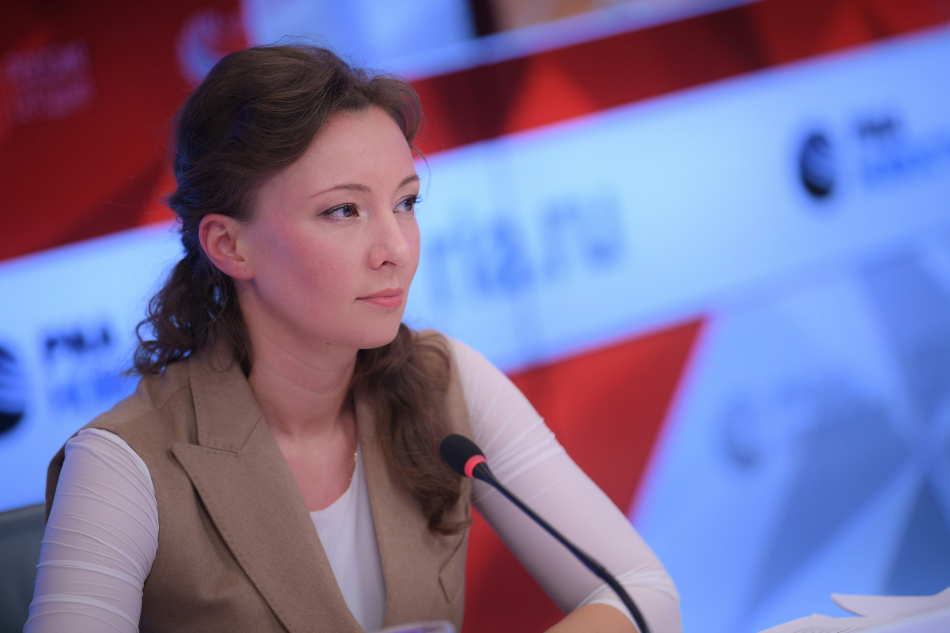 Анна Кузнецова обратилась в Минтруд по вопросу предоставления детям-инвалидам средств реабилитации