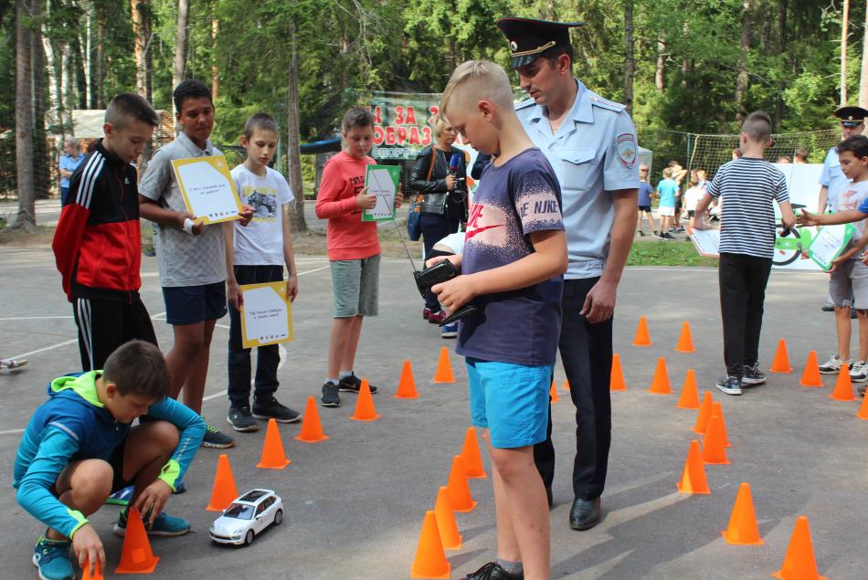 В Ивановской области в детский лагерь приехала «Лаборатория безопасности»