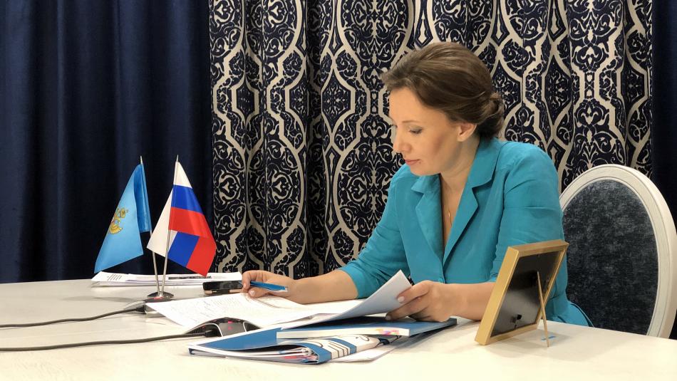 Анна Кузнецова рассказала о положительных и отрицательных тенденциях в сфере детства в России