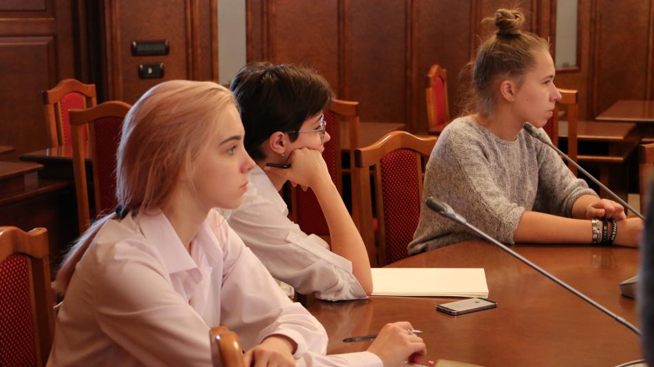 В День защиты детей прошло онлайн-заседание Детского общественного совета
