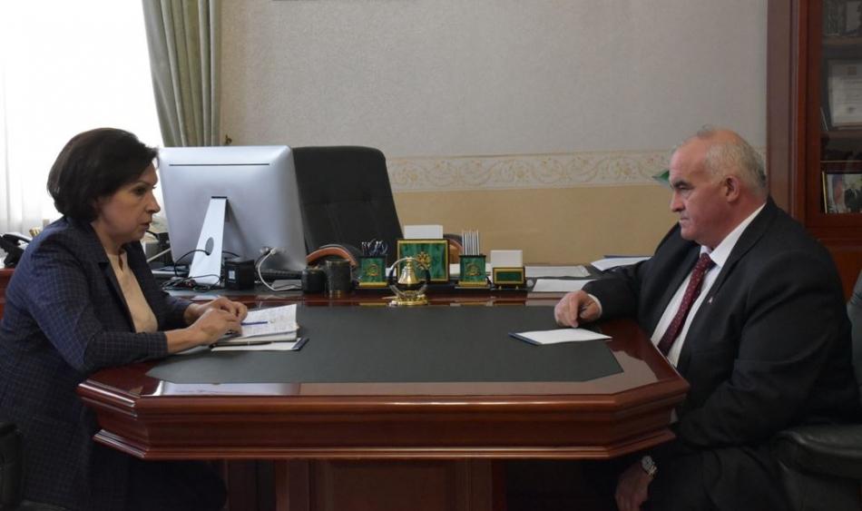 В День защиты детей губернатор Костромской области встретился с Уполномоченным по правам ребенка в Костромской области
