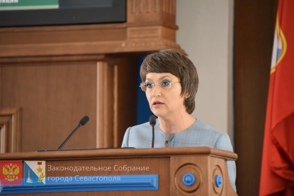 Уполномоченный по правам ребёнка в городе Севастополе представила доклад за 2019 год депутатам Законодательного Собрания