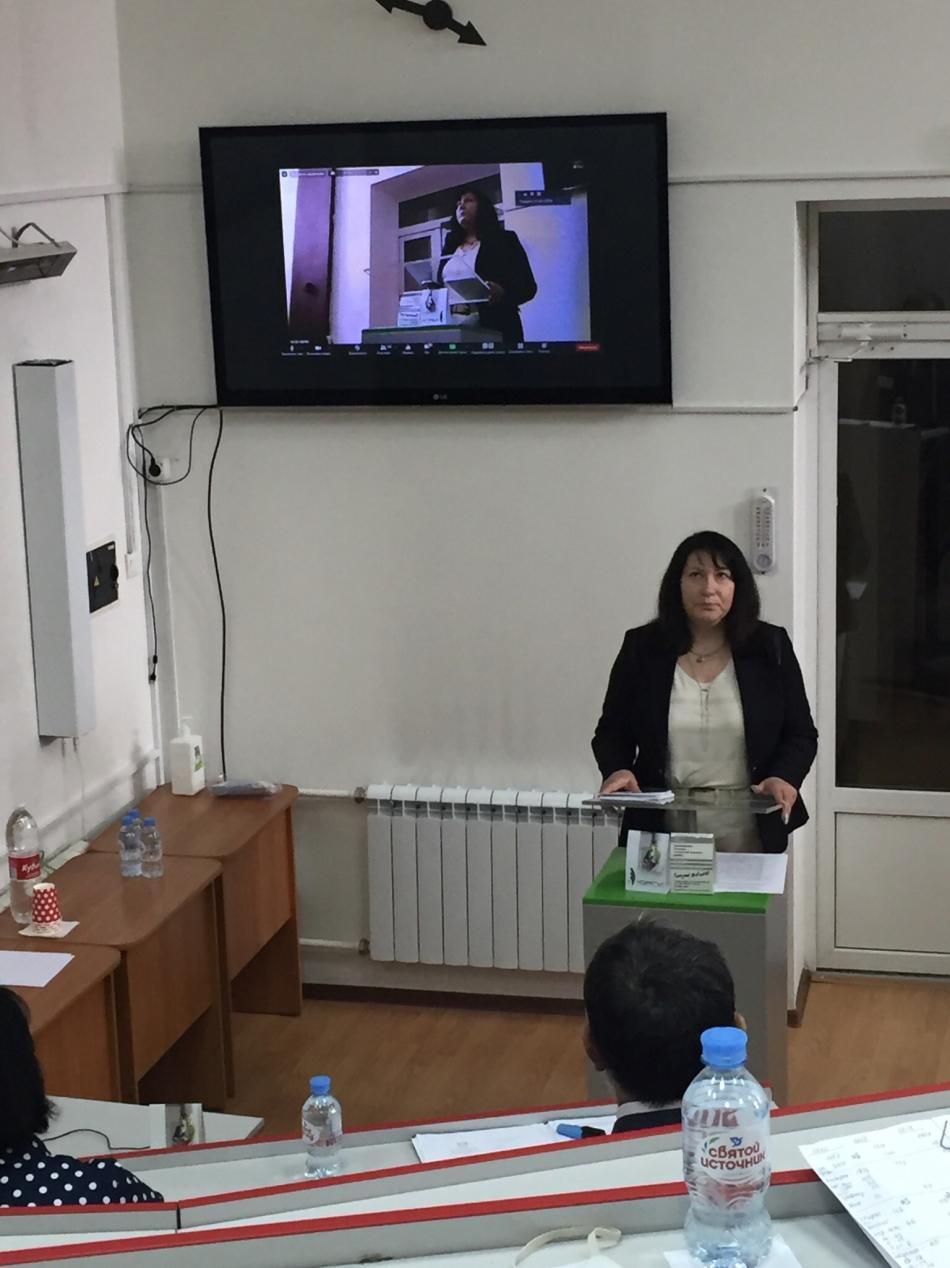 В Ростове-на-Дону проходит научно-практическая конференция, предметом которой являются вопросы реализации  прав ребенка при раздельном проживании родителей