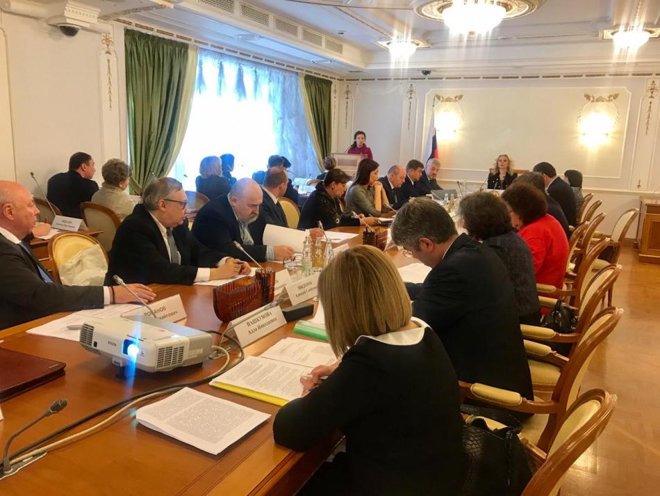 Анна Кузнецова выступила с докладом о наставничестве на заседании Правительственной комиссии по делам несовершеннолетних