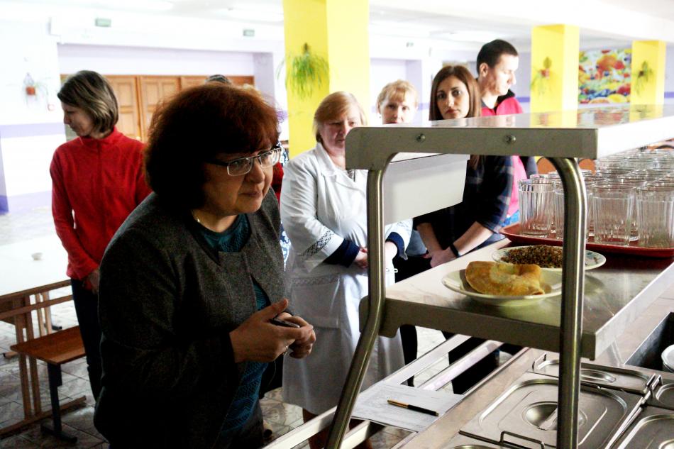 Татьяна Океанская приняла участие в мониторинге организации и качества питания обучающихся общеобразовательных организаций Ивановской  области