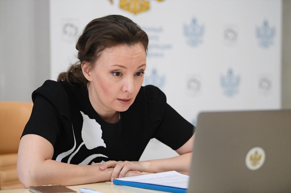 Анна Кузнецова назвала ресурсы для улучшения положения детей в сиротских организациях