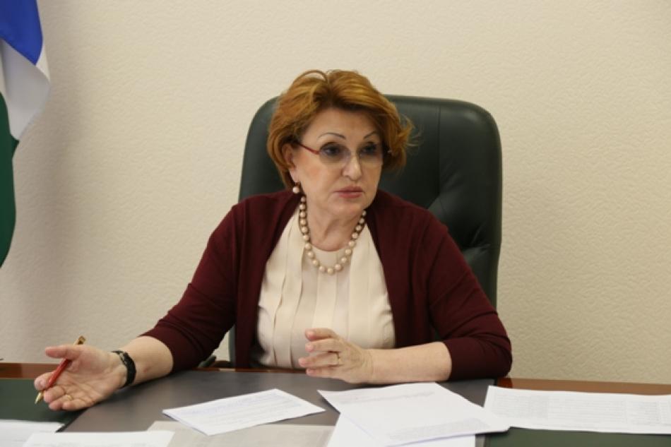 Детский омбудсмен обратилась в правительство Новосибирской области с просьбой рассмотреть возможность принятия дополнительных мер поддержки семей с детьми старше 16 лет