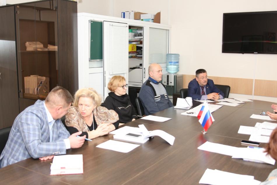 В Аппарате Уполномоченного прошло совещание по вопросу ограничения объёмов социально-психологических услуг