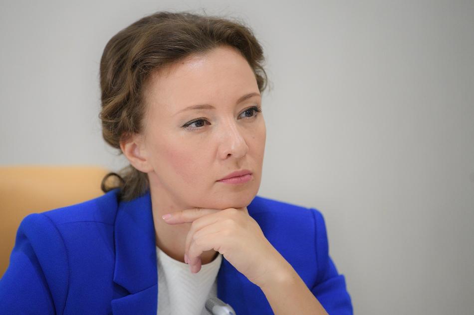 Анна Кузнецова находится на связи со всеми уполномоченными ведомствами по ЧП в Амурской области