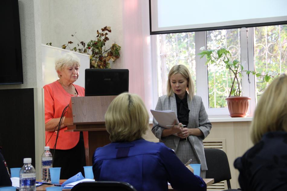 Уполномоченный по правам ребенка в Иркутской области провел круглый стол, посвященный теме профилактики суицидального поведения несовершеннолетних