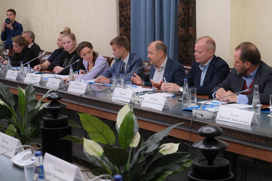 Анна Кузнецова провела первое заседание Экспертного совета по развитию позитивного детского контента
