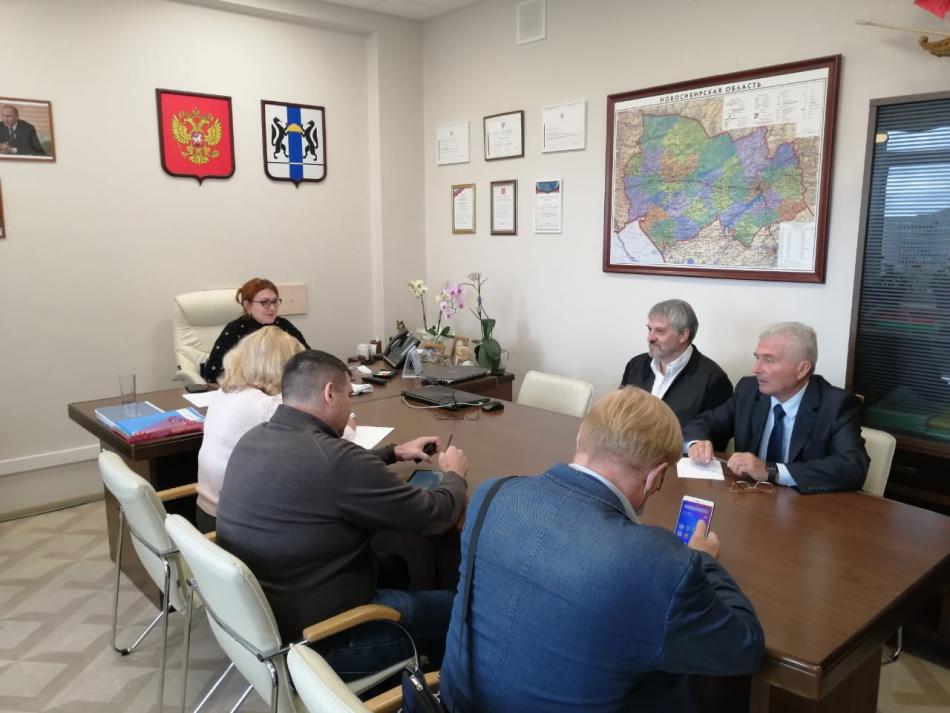 Аппарат Уполномоченного по правам ребенка в Новосибирской области совместно с Областным советом отцов проведет мониторинг доступности школ